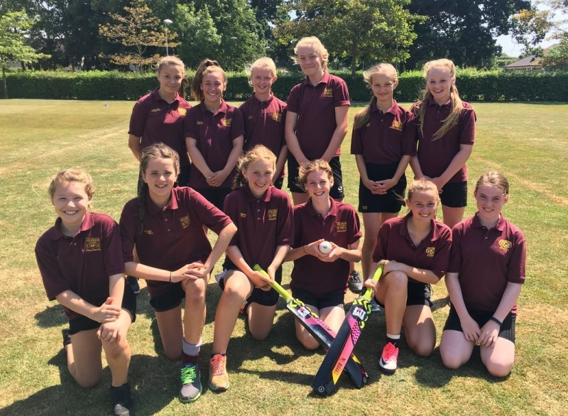 2017/18 U13 Girls Softball Cricket